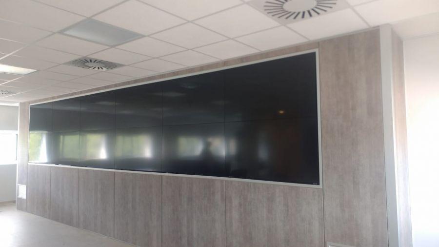 divisalia_mamparas para video wall_3