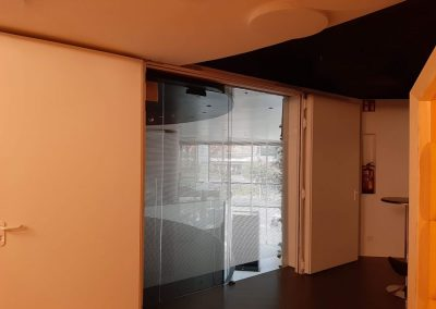 divisalia_puertas automaticas de vidrio_4